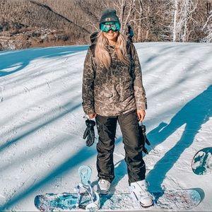 NEED GONE 🧼 Burton Fredmont Snowboard Coat